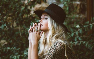 La mode : soyez au top et porter le chapeau Feroda